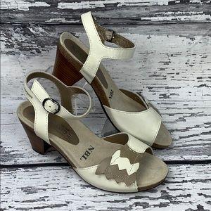 Mephisto Women's Celena Heeled Sandal